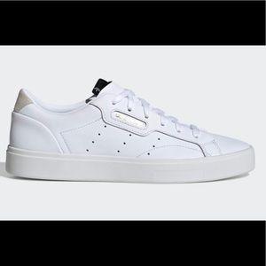 Adidas Sleek Sneaker in White Size 7.5